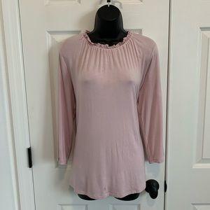 Gap ruffle 3/4 length shirt